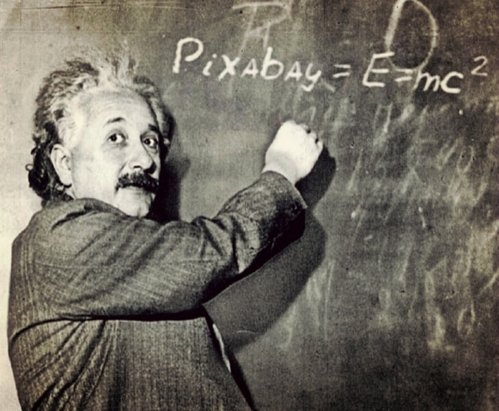 Einstein 1173990 960 720